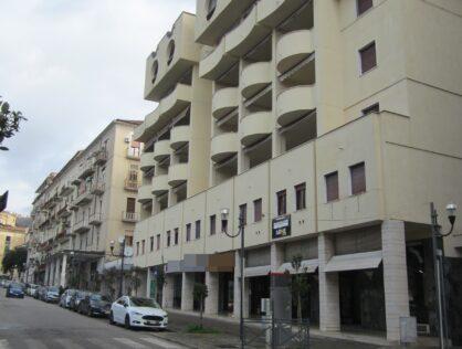 UFFICIO, Piazza Della Repubblica